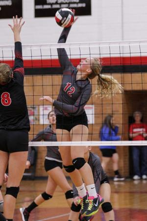Photos: Mason City vs Fort Dodge volleyball