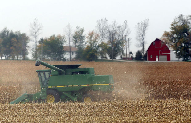 Weather, even the wind, helping harvest in North Iowa