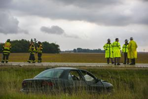 1 hurt in crash on Avenue of the Saints near Clear Lake