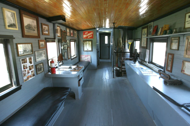 volunteers turn out to repair vintage rail car. Black Bedroom Furniture Sets. Home Design Ideas