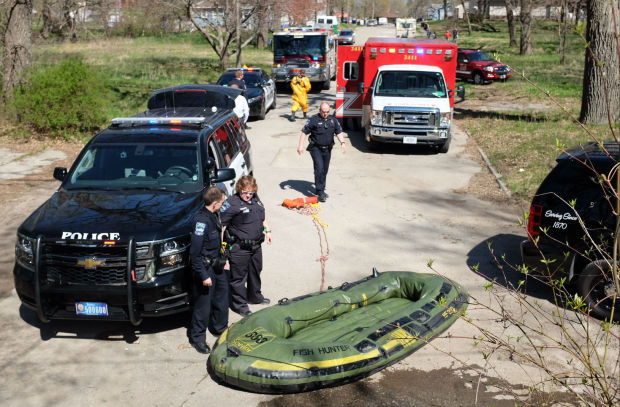 2 men rescued from Winnebago River in Mason City