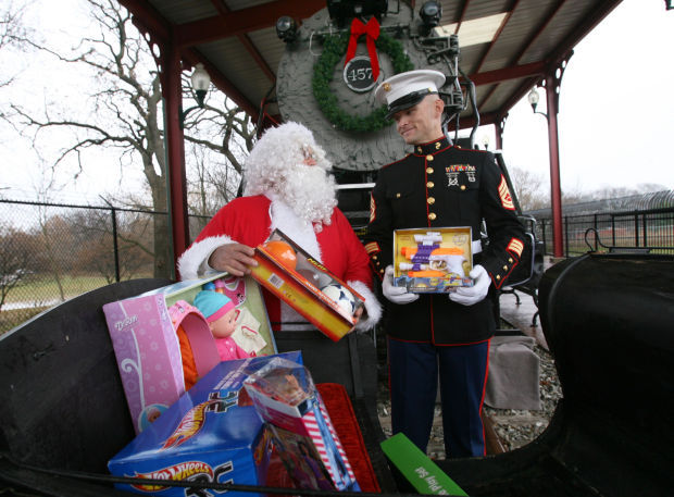Santa Toys For Tots : Fill the sleigh with toys for tots mason city north