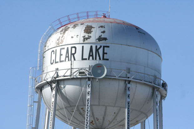 Water Tower Demolition 2013 : Lake council accepts bid for demolition of water tower