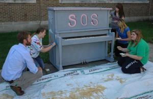 Osage students form art club