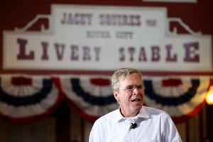 Photos: Jeb Bush in Mason City