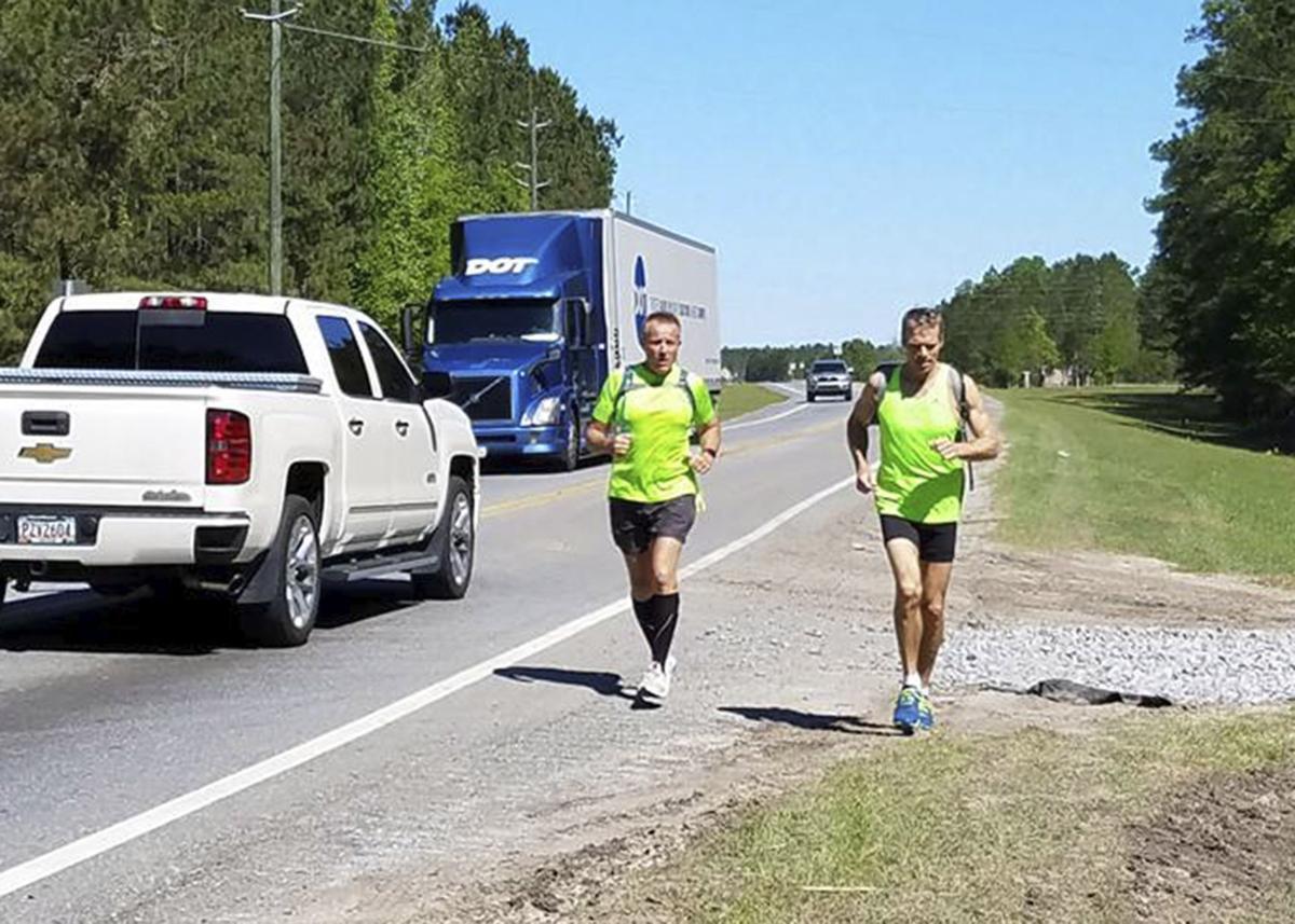 041117_Runners