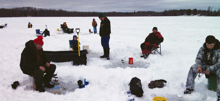 Bigfork football holds first annual ice fishing tournament for Ice fishing tournaments mn