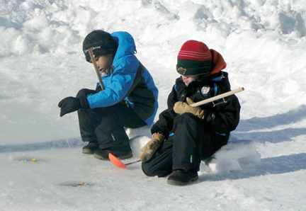 Phil windorski memorial youth ice fishing tournament for Ice fishing tournaments mn