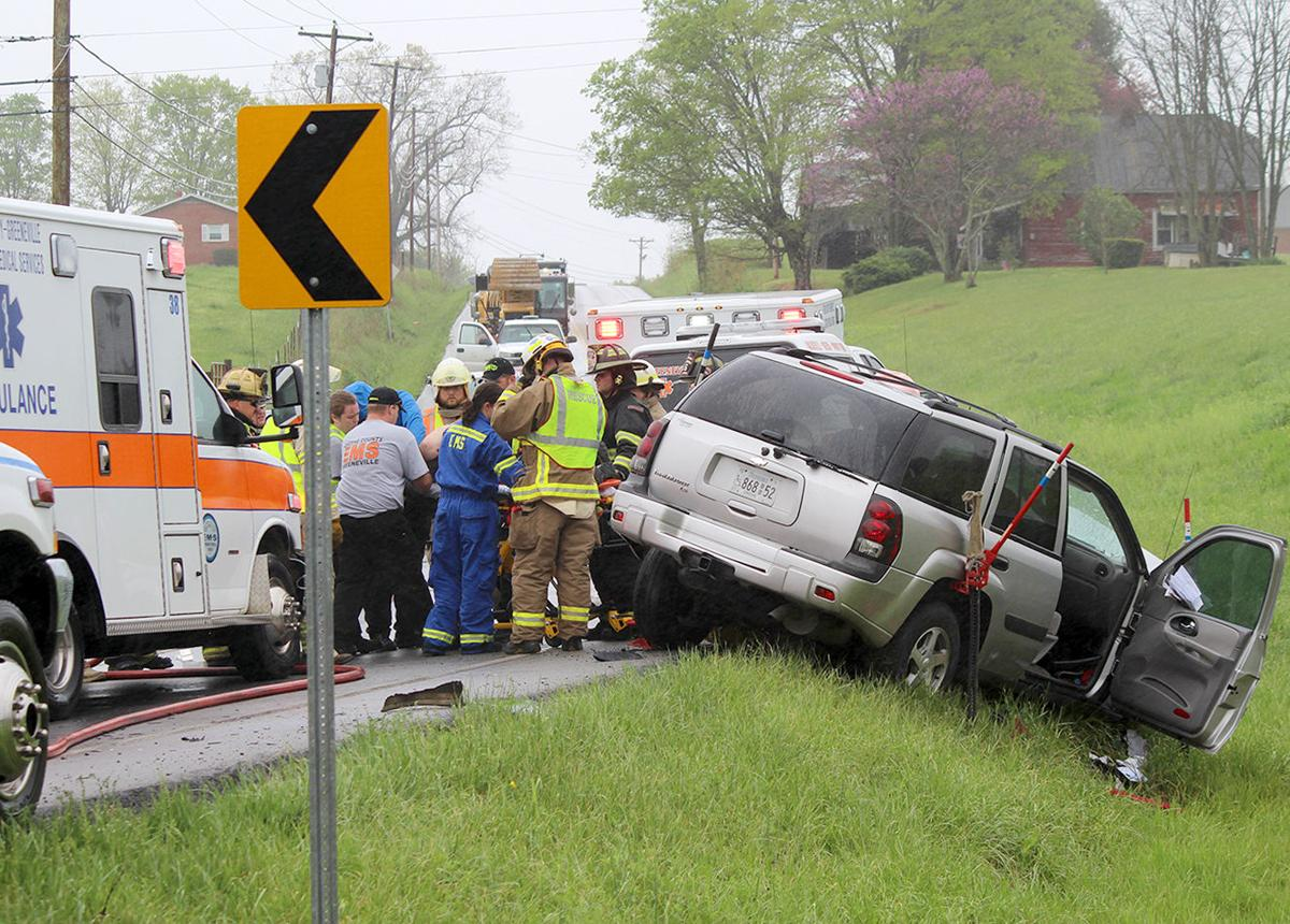net trans driver killed in wreck local news greenevillesun com r wreck 1