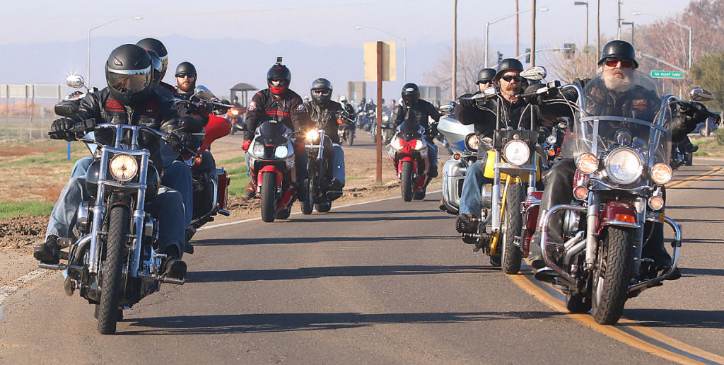 Motorcycles Presiodent Toys For Tots : Nas lemoore hosts toy run community hanfordsentinel