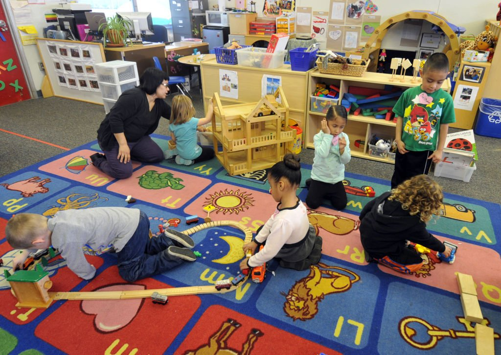 preschools in carson ca obama proposes free preschool initiative community 305
