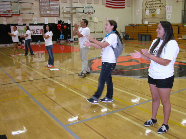Link Crew kicks off Freshman First Day