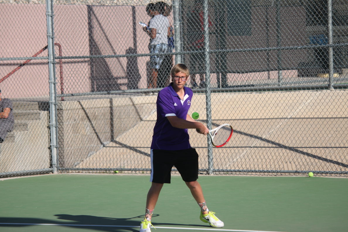 Photos: Lake Havasu Knights tennis vs. Lee Williams ...