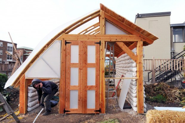 UM builds passive solar greenhouse to grow fresh vegies ...