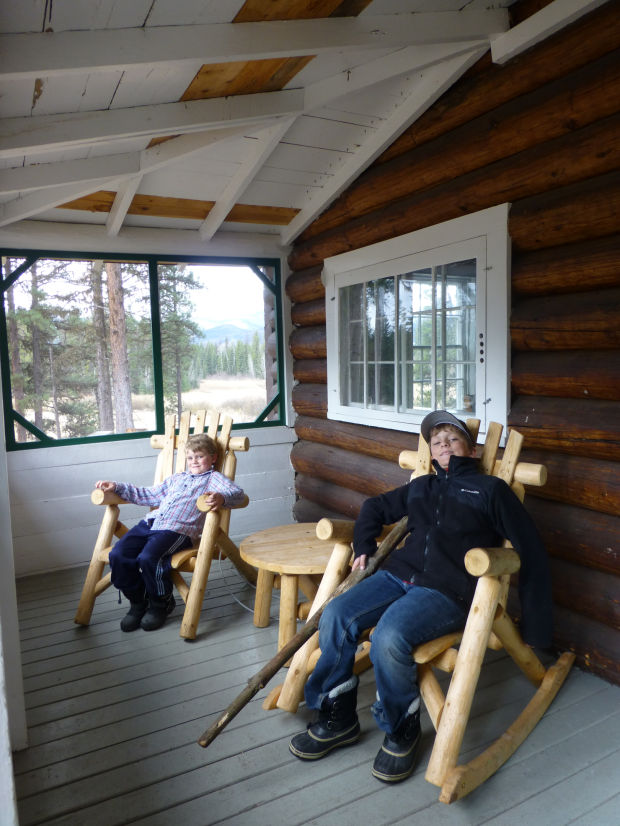 old condon ranger station is perfect for early spring visit
