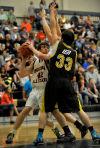 Carr, Dummer lift Montana to win