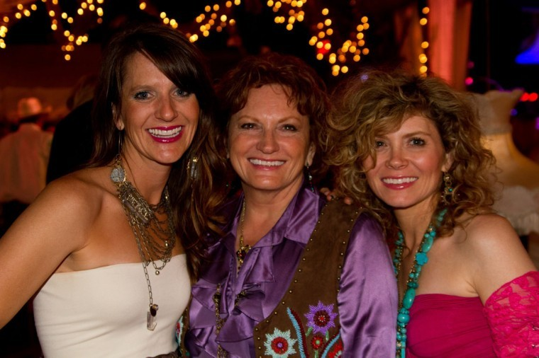 The Sikes gals
