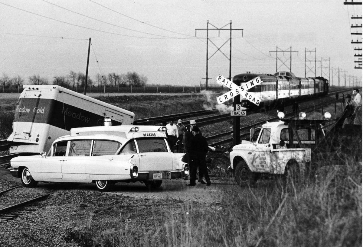 Car Crash  Mile Mound