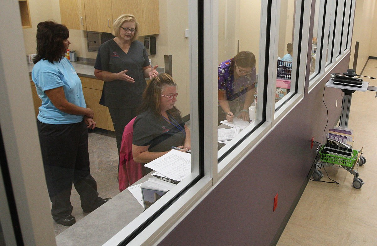 Crossing Healthcare busy, getting busier
