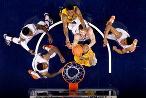 PHOTOS: Illinois Basketball Braggin' Rights Game vs. Missouri