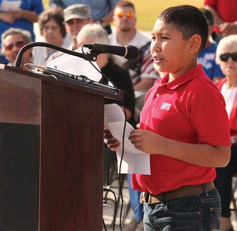 Area schools pay tribute to U.S. service members - Herald-Zeitung ...