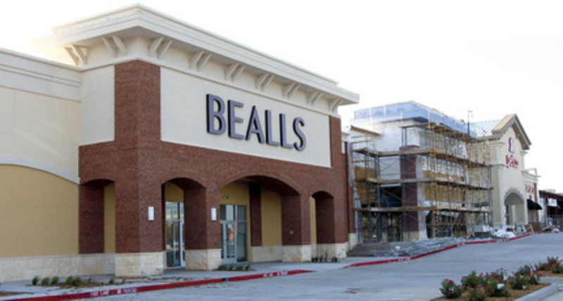 Retail stores at greenville promenade now reopening one for Craft stores greenville sc