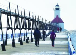 City won't dive in yet on pier safety