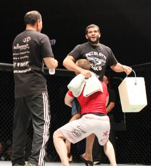 Raul Castillo Mma Temko wins with...