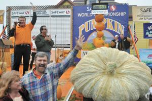 2011 pumpkin weigh-off