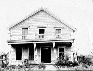 Zaballa house