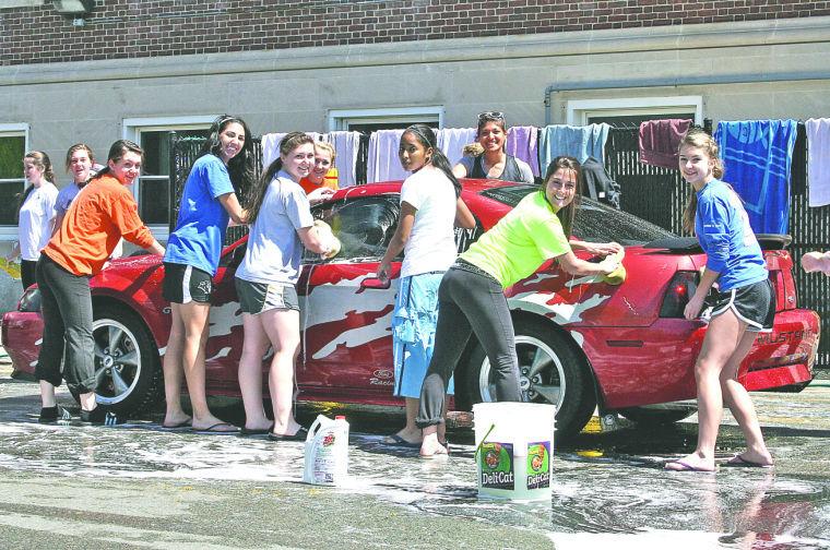 High School Car Wash G...