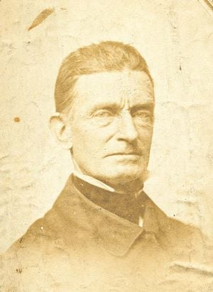 """a biography of john brown an abolitionist John brown's body a new biography restores brown's centrality to the civil war  now we have a full-fledged five-hundred-page biography: """"john brown, abolitionist,"""" by david s reynolds ."""