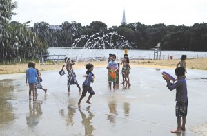 Though Closed For Swimming Splash Park Bringing Them To The Beach In Record Numbers Daily