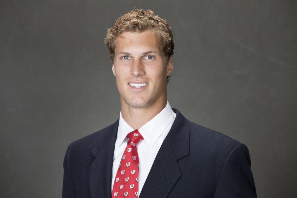 how tall is joel stave