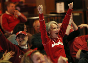 Photos: Wisconsin fans cheer on their team