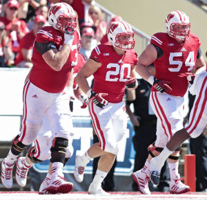 Badgers football: Austin Ramesh learning on the fly at fullback
