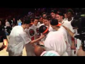 Video: Badgers men's basketball players celebrate winning Battle 4 Atlantis Tournament