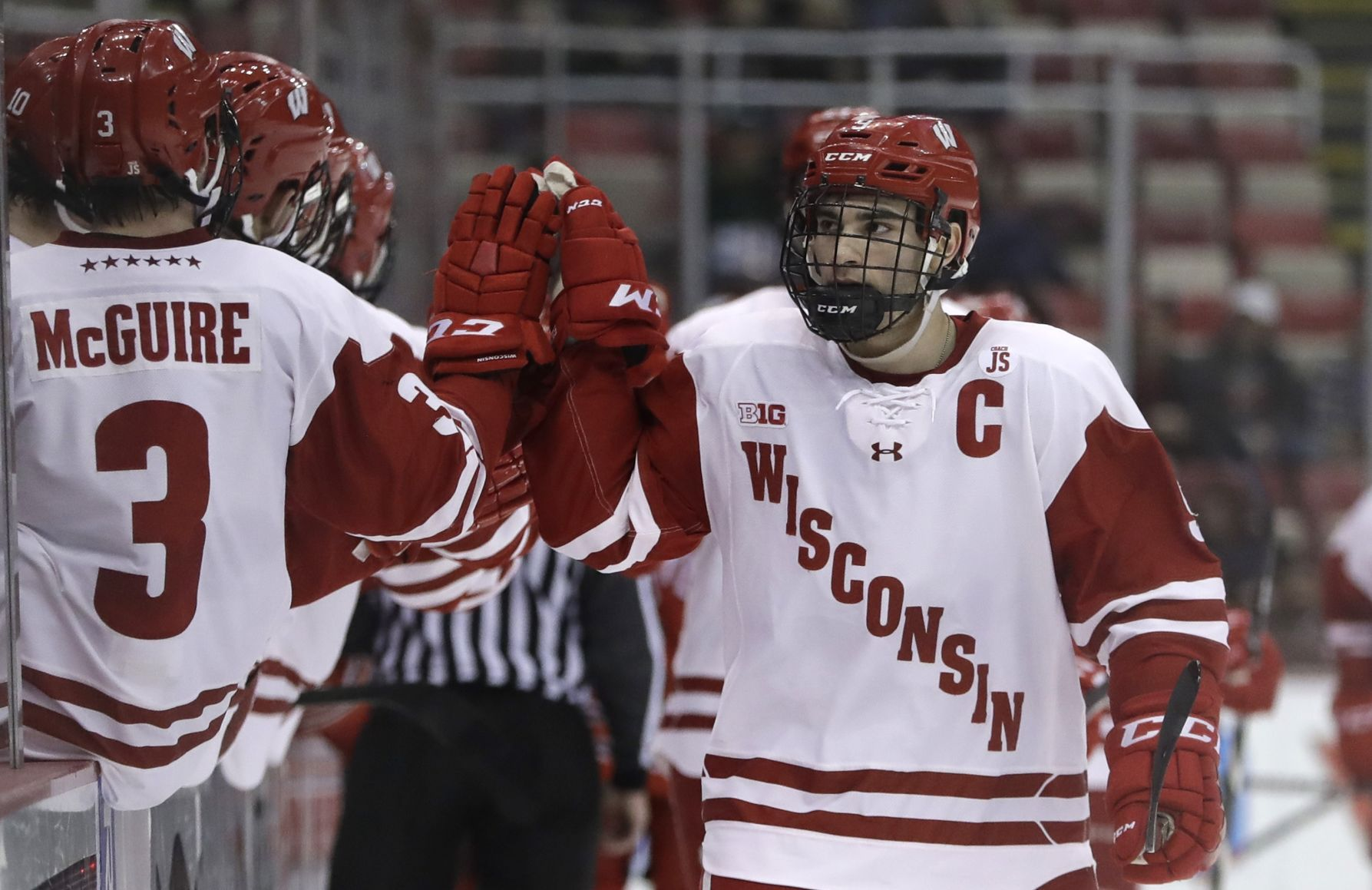 BIG10: Badgers - Luke Kunin Leaves Wisconsin After Two Seasons To Sign With NHL's Wild