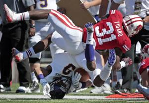 Badgers football: Freshman free safety Lubern Figaro rises in Week 2 after shaky Week 1