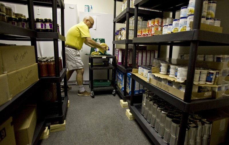 Food pantry lends a hand to people with hiv aids local for Madison food pantry ct