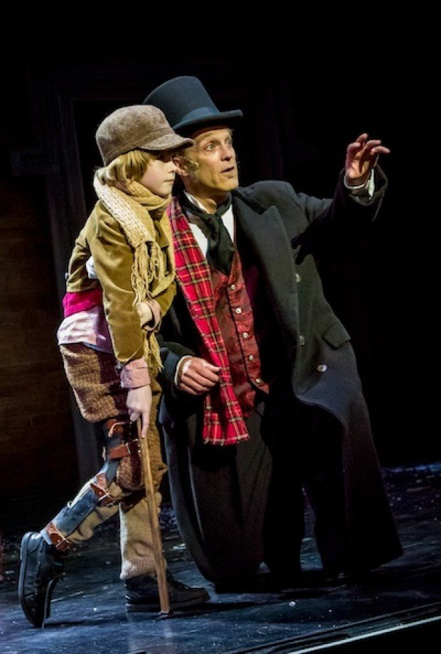 Theater review: A heartwarming ghost story, in beautiful Victorian dress : Arts-madisondotcom