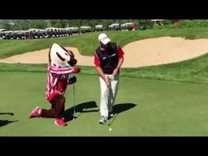 Video: Bucky Badger, Steve Stricker square off in a putting contest at University Ridge