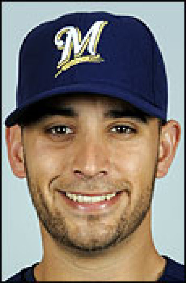 brewers marco estrada 39 s strong pitching leads victory over cubs sports. Black Bedroom Furniture Sets. Home Design Ideas
