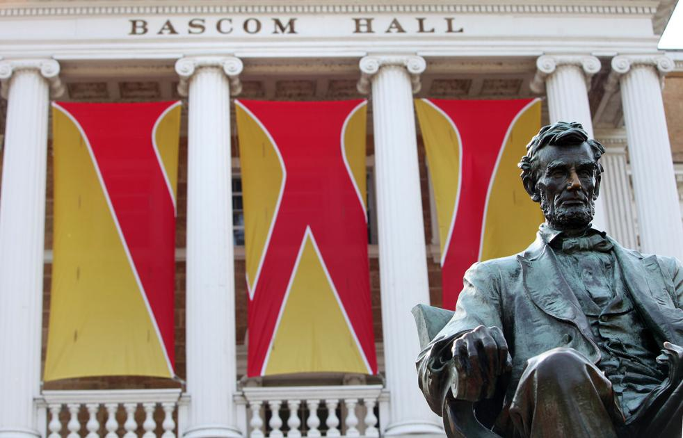 How long should my essays for the university of wisconsin madison be?