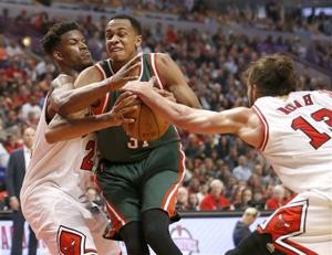 Photos: Bucks hold off Bulls to force Game 6