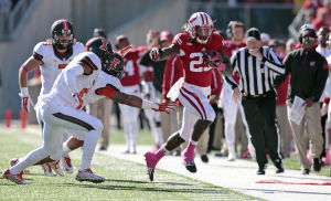 Photos: Wisconsin Badgers defeat Illinois, 38-28