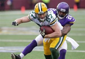 Photos: Packers hold off Vikings to bank another win