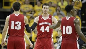 Photos: Badgers complete regular-season sweep of Iowa