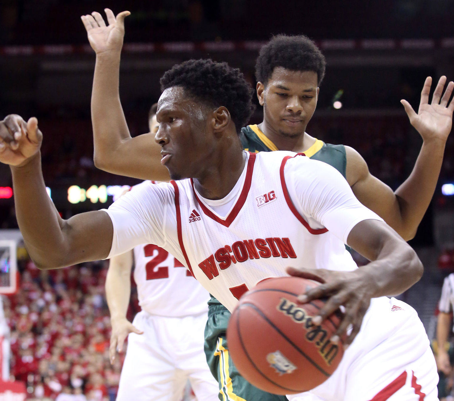 Badgers men's basketball: Wisconsin ranked No. 8 in ESPN's updated 'Way-Too-Early Top 25'