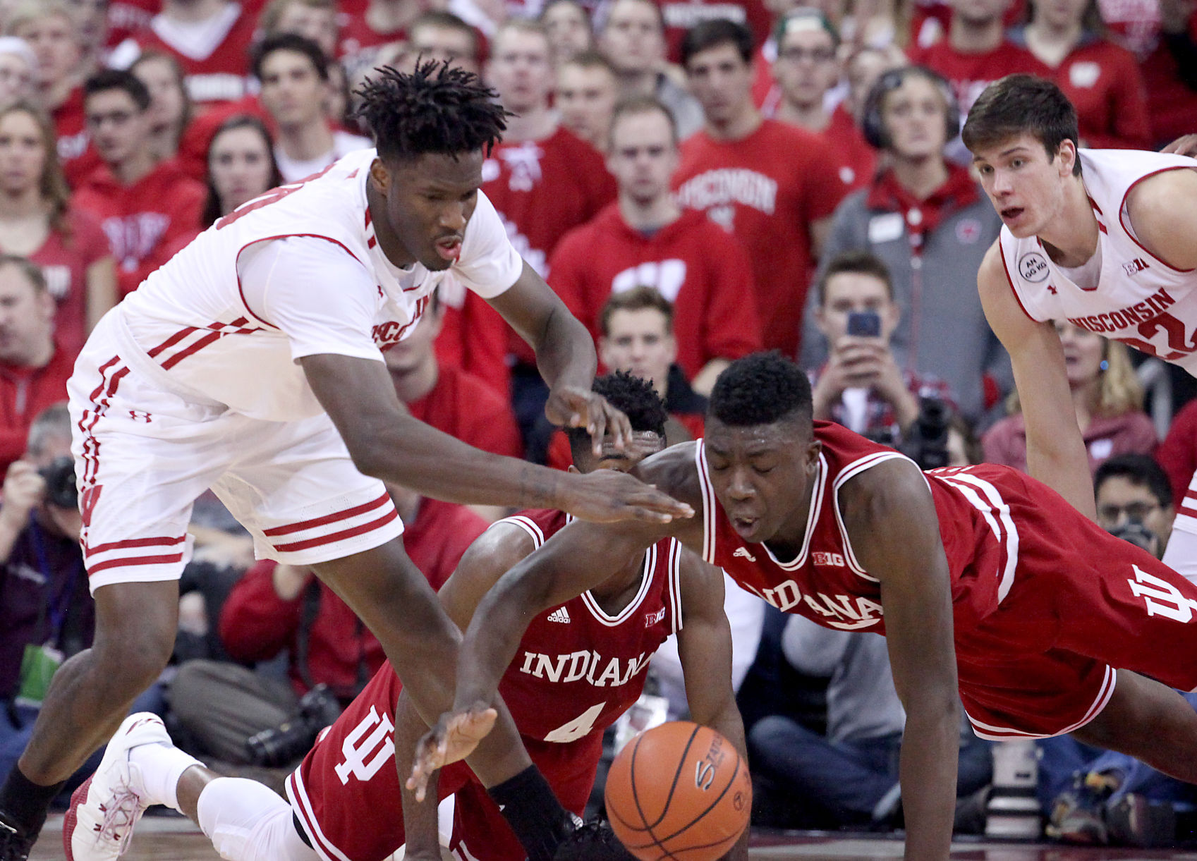 Notebook: Turnovers, slow start doom IU in 65-60 loss at Wisconsin